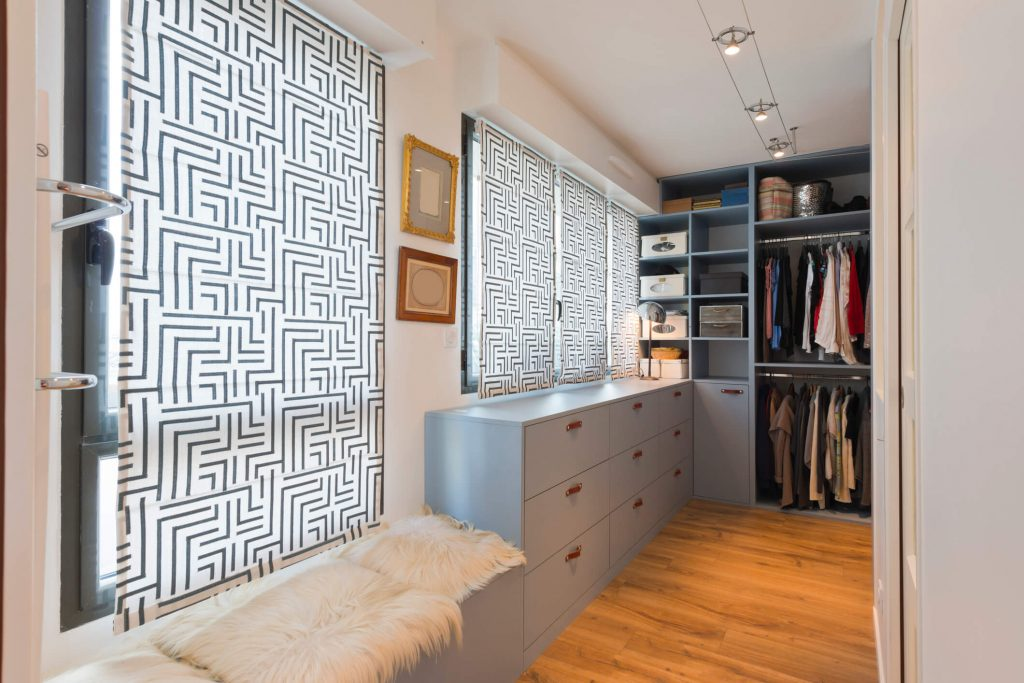 Modern walk in closet - IP Galanternik D.U.
