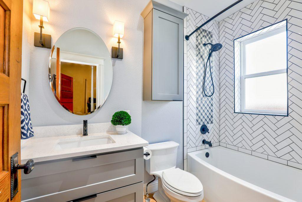 3 Steps To The Perfect Tub Surround Scott Mcgillivray